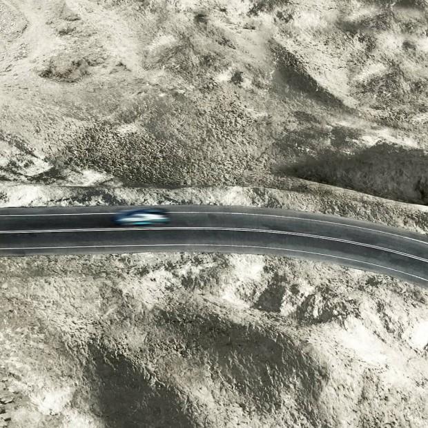 c254902c-bugatti-divo-teaser-1