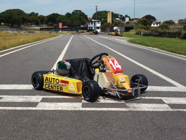 d8f9122e-ayrton-senna-kart-05