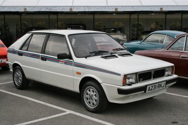 1984_Lancia_Delta_HF_Martini_Turbo_MT16_(15122407975)