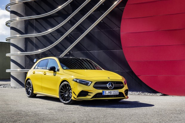 6965cbed-mercedes-amg-a35-4matic-18