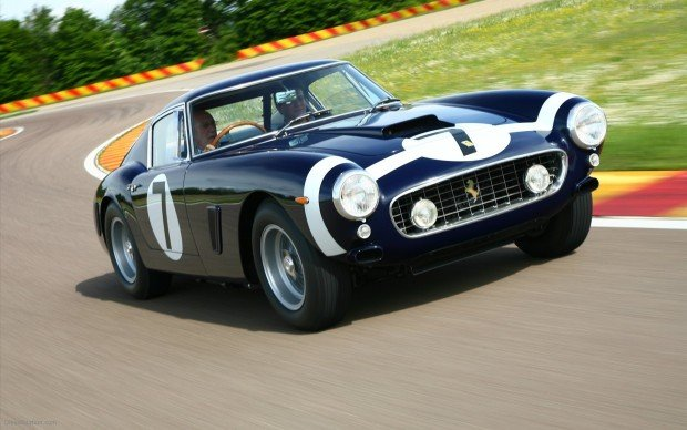 Stirling-Moss-Ferrari-250-GT-Berlinetta-competizione-widescreen-04