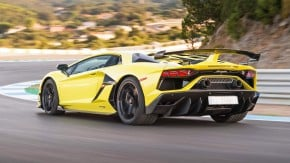 """""""Uma força da natureza"""": o que andam falando do Aventador SVJ, o Lamborghini mais visceral de todos os tempos"""