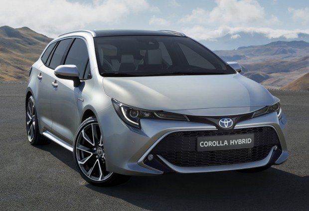 toyota_corolla_touring_sports_hybrid_01a0038306fb04c9