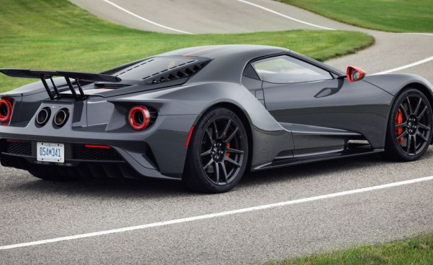 2019-ford-gt-carbon-series-105-1540584358