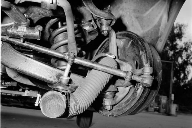 gurney-1961-chevrolet-impala-front-suspension