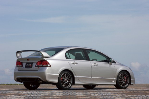 honda_civic_type-r_sedan_21