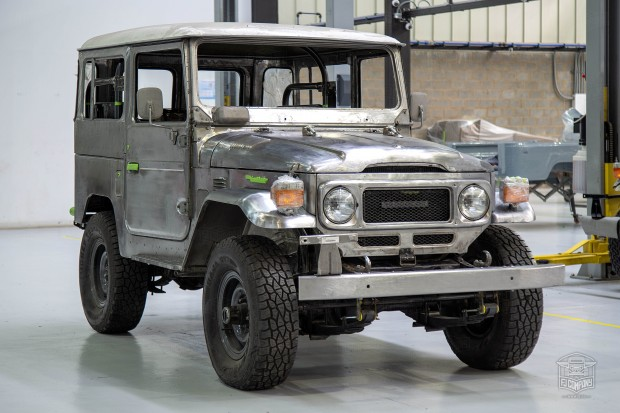 image_5b3e322908b92_The-FJ-Company-1978-FJ40-Land-Cruiser---Amarillo-Mostaza-285611---Restoration_014