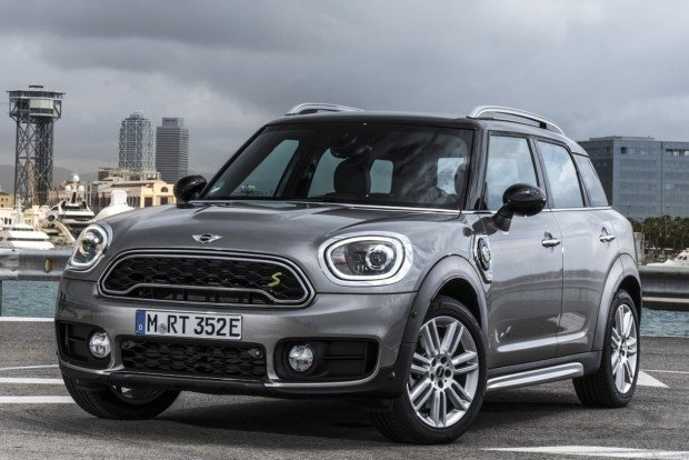 mini-cooper-s-e-countryman-all4-41