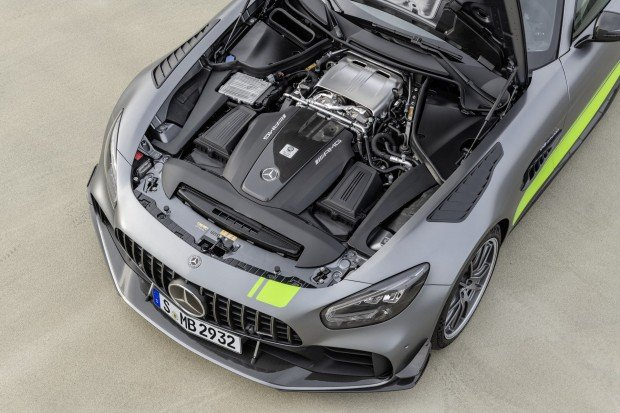 7bee3fc3-2020-mercedes-amg-gt-and-amg-gt-r-pro-59