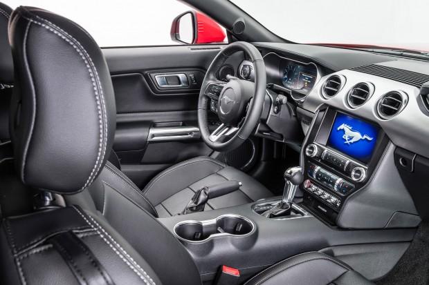 Ford Mustang GT Premium-3