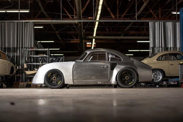 MOMO-Porsche-356-RSR-22