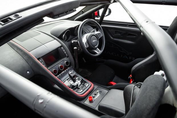 bcdc8290-2020-jaguar-f-type-rally-13