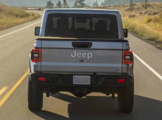 jeep_gladiator_overland_14_040a0325048c035c