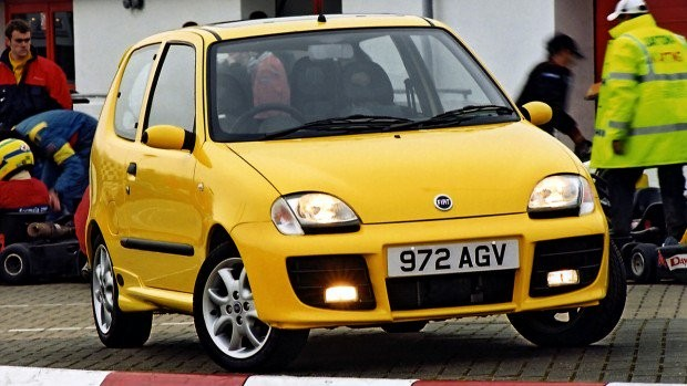 fiat_seicento_sporting_michael_schumacher_uk-spec_3-e1543857114511-620x349