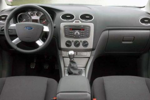 Interior do Focus GLX